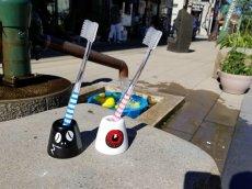 画像2: 【洗面所で大活躍】陶器『歯ブラシスタンド』(各種) (2)